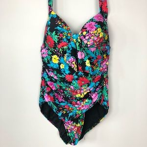 Seafolly retro floral one piece swimsuit.Size 8 US